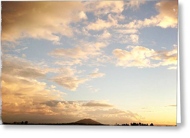 Beautiful Dusk Greeting Cards - New Zealand Greeting Card by Les Cunliffe