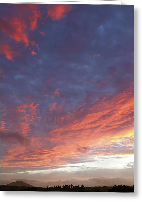 Season. Sky. Clouds Greeting Cards - Sunset Greeting Card by Les Cunliffe
