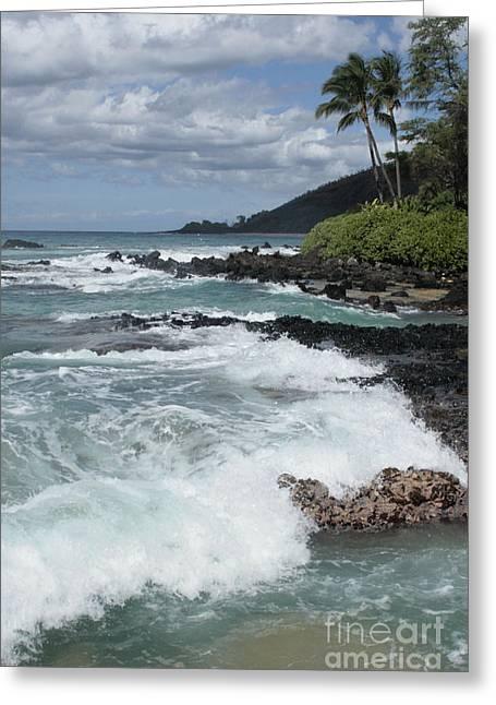 Honuaula Greeting Cards - E lei kau e lei hoolilo i ke Aloha Paako Greeting Card by Sharon Mau