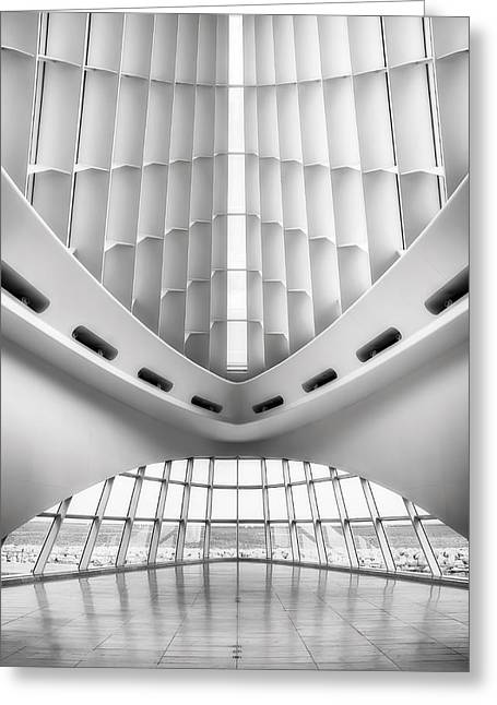 Milwaukee Art Museum Greeting Cards - Grand Entrance Greeting Card by Scott Norris