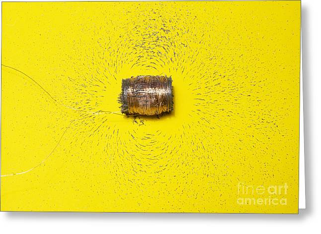 Solenoid Greeting Cards - Magnetic Field Of A Solenoid Greeting Card by Andrew Lambert Photography
