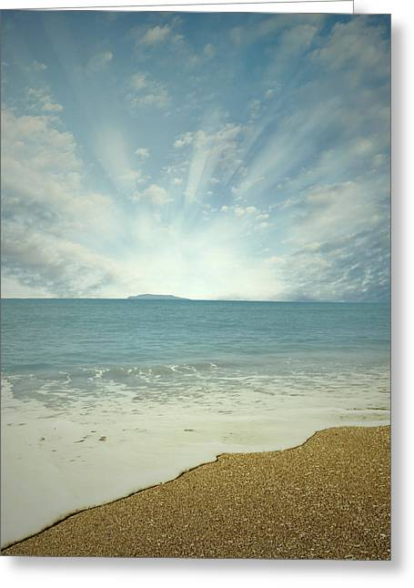 Beach Photographs Greeting Cards - New day Greeting Card by Les Cunliffe