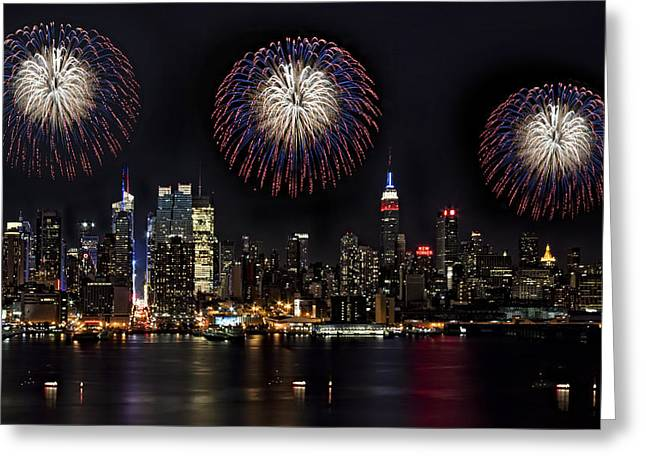 Independance Greeting Cards - New York City Celebrates the 4th Greeting Card by Susan Candelario