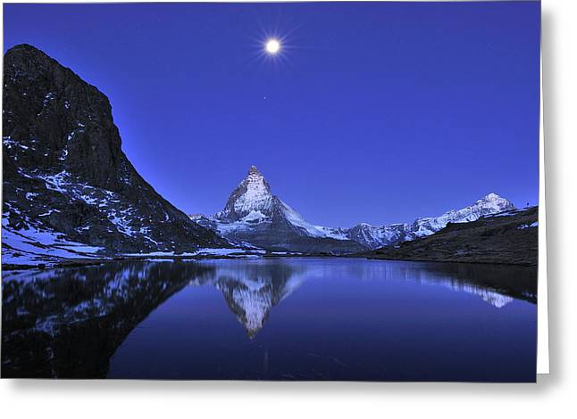 Mountain Photographs Greeting Cards - The Matterhorn And Riffelsee Lake Greeting Card by Thomas Marent