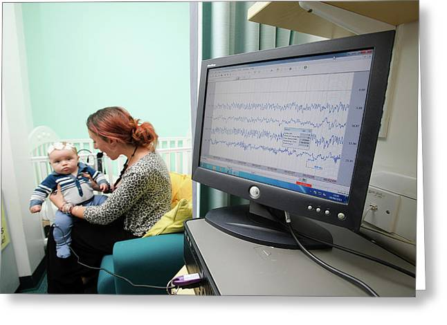 Babylab Experiment Greeting Card by Nasir Hamid/oxford University Images