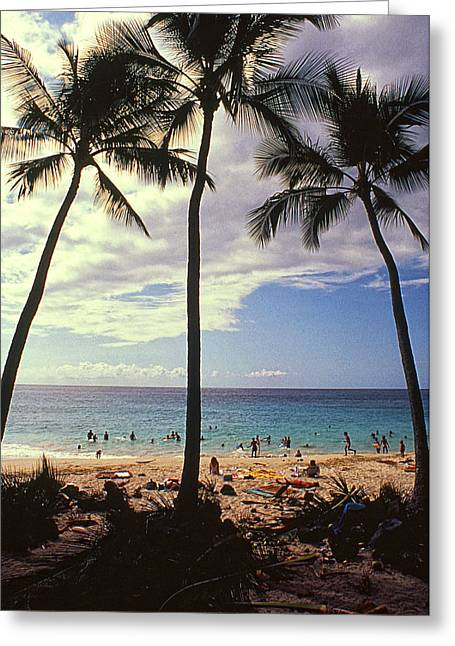 People At The Beach Greeting Cards - Magic Sands Greeting Card by Ron Regalado
