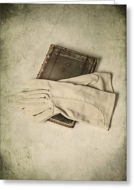 Glove Greeting Cards - Time To Read Greeting Card by Joana Kruse