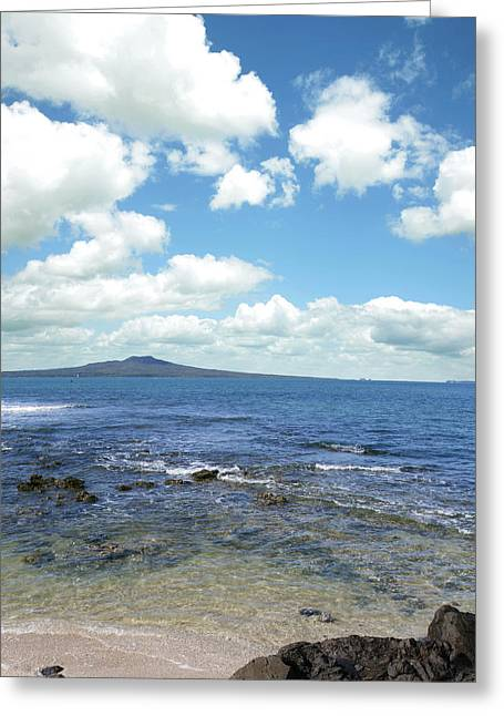 New Zealand Greeting Cards - New Zealand Greeting Card by Les Cunliffe
