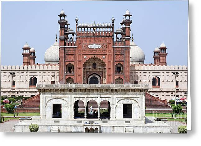 Punjab Greeting Cards - Badshahi mosque in Lahore Pakistan Greeting Card by Robert Preston