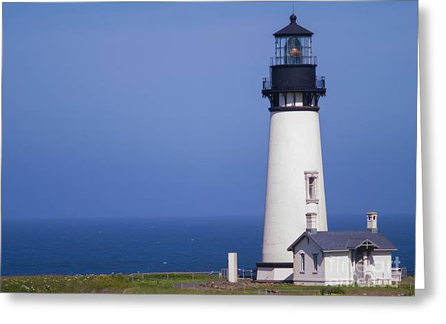 Us Destinations Greeting Cards - Yaquina Head Lighthouse Greeting Card by Tracy Knauer