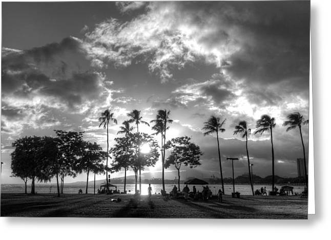 Ala Moana Greeting Cards - Ala Moana Beach Park Greeting Card by Tin Lung Chao