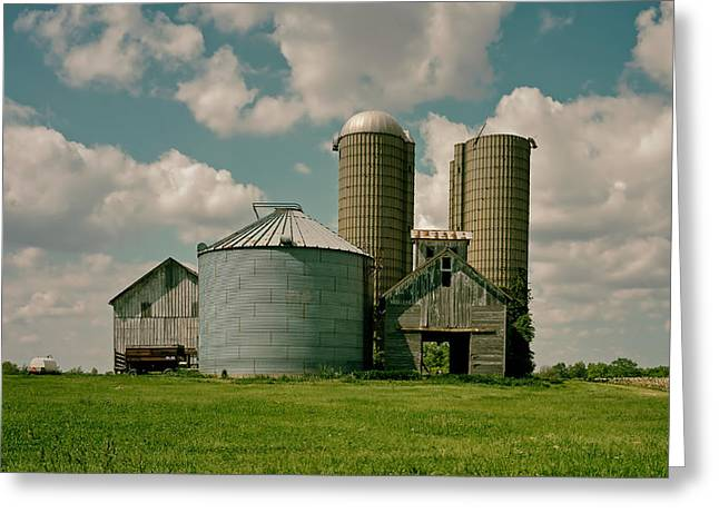 Illinois Barns Photographs Greeting Cards - An Illinois Farm Greeting Card by Mountain Dreams
