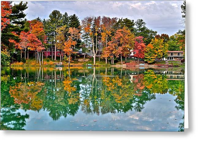 Autumn Splendor Greeting Cards - Autumns Splendor Greeting Card by Frozen in Time Fine Art Photography