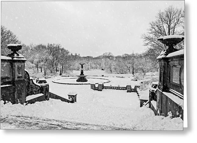 Bethesda Fountain Greeting Cards - Bethesda Fountain In Central Park BW Greeting Card by Susan Candelario