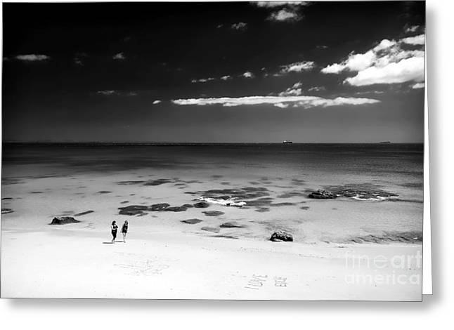 Walk On The Beach Greeting Cards - Between Friends Greeting Card by John Rizzuto