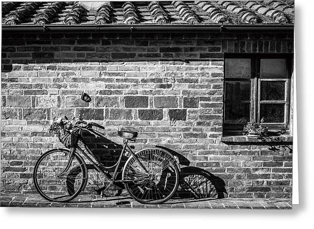 Bicycle In Black And White Greeting Card by Clint Brewer