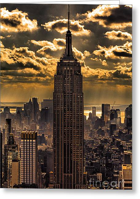 Landmarks Tapestries Textiles Greeting Cards - Brilliant But Hazy Manhattan Day Greeting Card by John Farnan