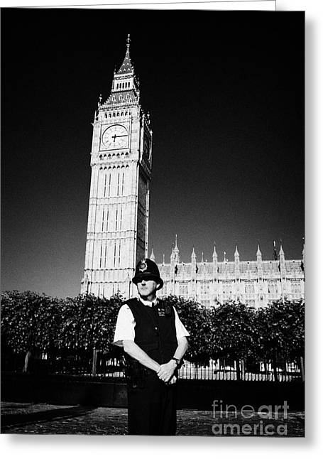 Police Officer Photographs Greeting Cards - british metropolitan police office guarding the houses of parliament London England UK Greeting Card by Joe Fox