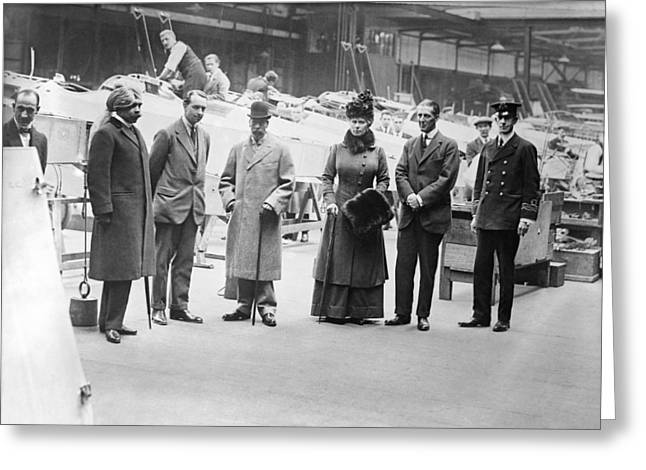 Head Of State Greeting Cards - British WWI aeroplane factory visit Greeting Card by Science Photo Library