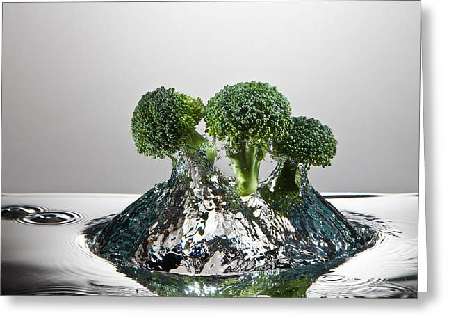 Broccoli Photographs Greeting Cards - Broccoli FreshSplash Greeting Card by Steve Gadomski