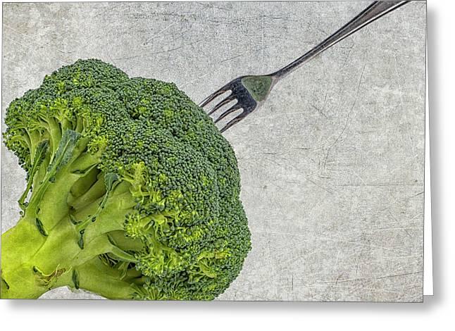Broccoli Greeting Cards - Broccoli met vork Greeting Card by Patricia Hofmeester
