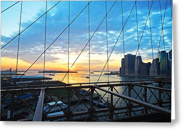 Brooklyn Promenade Greeting Cards - Brooklyn Bridge overlooking the Statue of Liberty Greeting Card by Toby McGuire