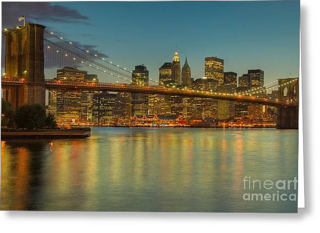 Brooklyn Bridge Twilight Greeting Card by Clarence Holmes