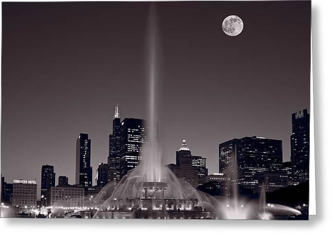 Buckingham Fountain Nightlight Chicago Bw Greeting Card by Steve Gadomski