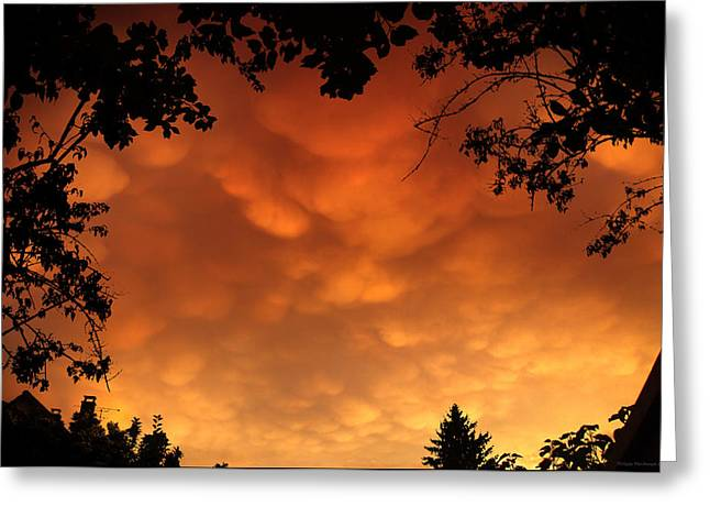 Himmel Greeting Cards - Burning mammas Greeting Card by Philippe Meisburger