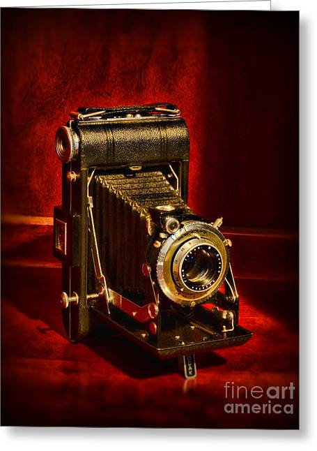 620 Greeting Cards - Camera - Eastman Kodak Folding Camera Greeting Card by Paul Ward