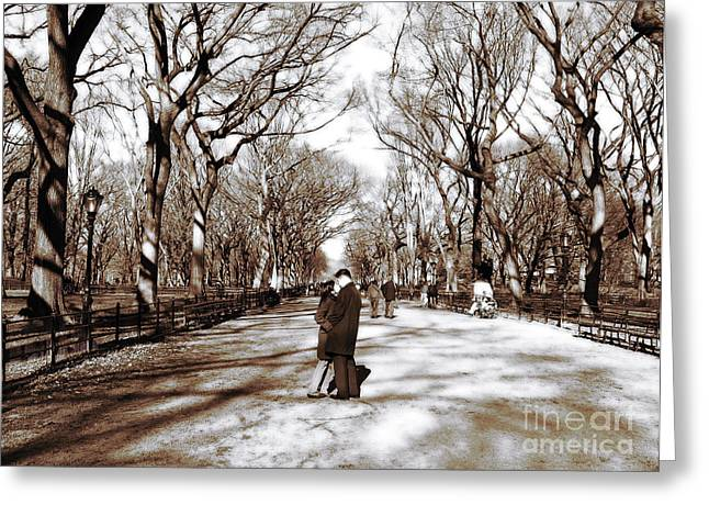 A Kiss Greeting Cards - Central Park Kiss Greeting Card by John Rizzuto