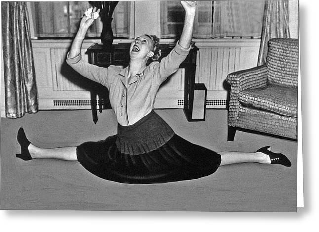 Charlotte Greenwood Does The Splits At 50 Greeting Card by Underwood Archives