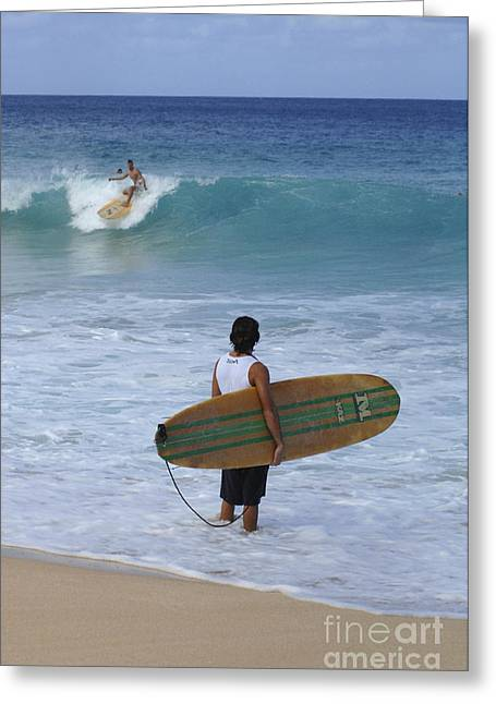 Surfing Photos Greeting Cards - Surfing Hawaii Checking It Out Greeting Card by Bob Christopher