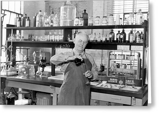 Chemist Working In A  Lab Greeting Card by Underwood Archives