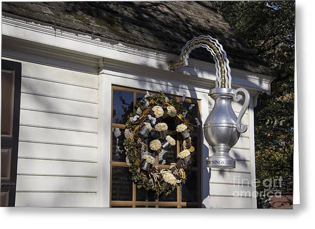 Stein Greeting Cards - Chownings Tavern Wreath Greeting Card by Teresa Mucha