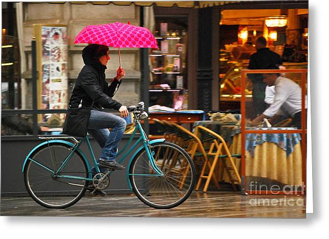 Mulher Greeting Cards - Ciclista - Milano Greeting Card by Carlos Alkmin