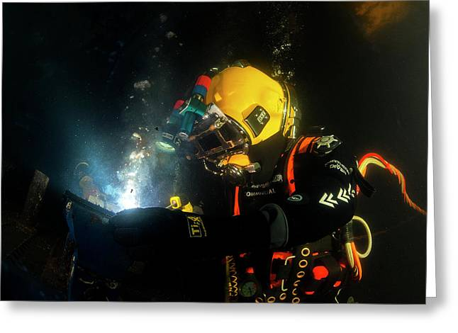 Commercial Diver Welding Greeting Card by Louise Murray