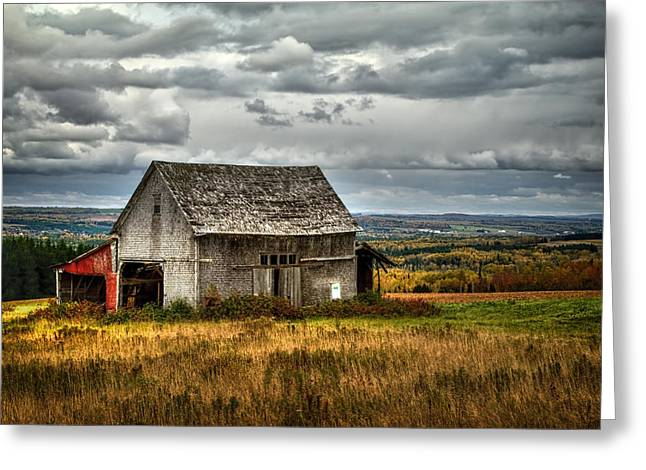 Old Maine Barns Greeting Cards - Country Side Barn Greeting Card by Gary Smith