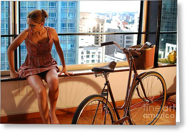 Mulher Greeting Cards - Cycle Introspection Greeting Card by Carlos Alkmin