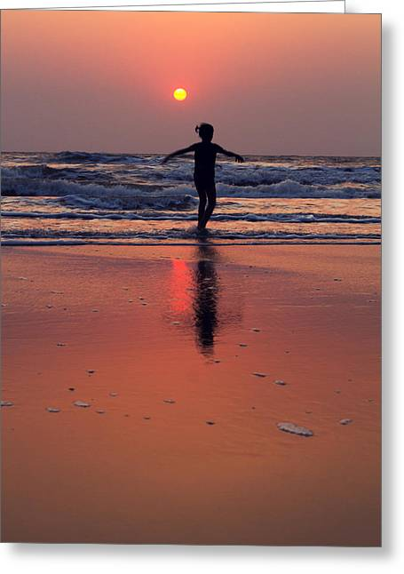 Danceing Sunset Greeting Card by Stelios Kleanthous
