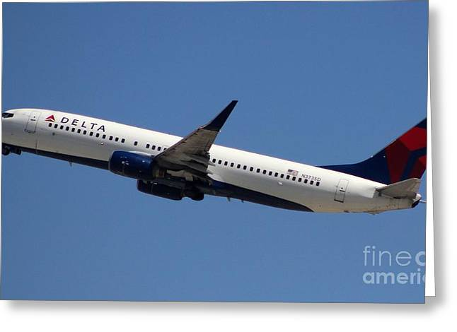 New Greeting Cards - Delta Airlines 737-NG Greeting Card by John Linder