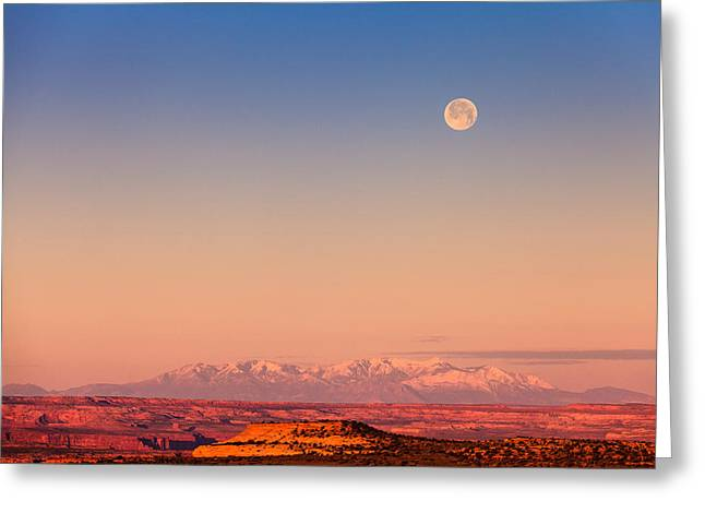 Ragged Peaks Greeting Cards - Desert Moonset 2 Greeting Card by Jonathan Gewirtz