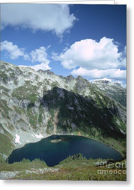 Cirque Greeting Cards - Doubtful Lake At Cascade Pass Greeting Card by Tracy Knauer