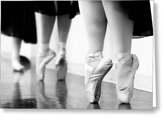 Dancers Rehearsing Greeting Cards - En Pointe Greeting Card by Paul Conrad