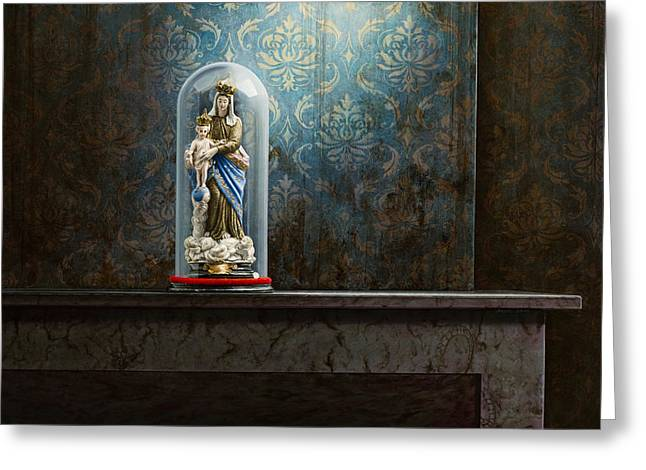Photorealism Greeting Cards - Fading Glory Greeting Card by Mark Van crombrugge