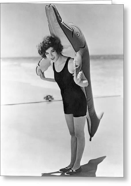 Fanny Brice And Beach Toy Greeting Card by Underwood Archives
