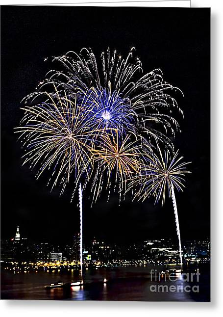 Independance Day Greeting Cards - Firewoks Greeting Card by Susan Candelario