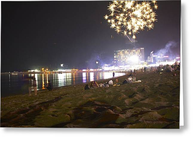 Fireworks On The Beach Greeting Card by Joe Maloney