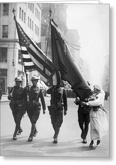 Flowers For Wwi Troops Parade Greeting Card by Underwood Archives