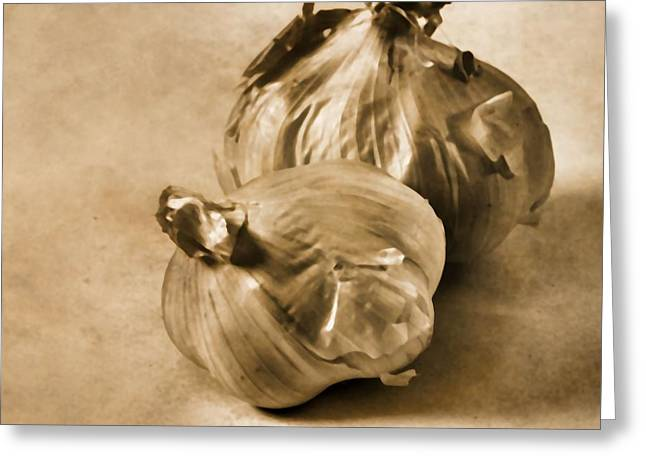 Italian Restaurant Mixed Media Greeting Cards - Garlic Greeting Card by Dan Sproul
